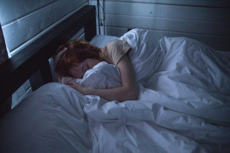 ¿Cuánto tiempo antes de poder dormir en mi colchón de espuma viscoelástica? ¡Debe saber!