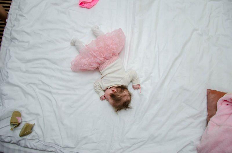 ¿Qué tamaño tiene un colchón de bebé? ¡9 cosas para recordar!