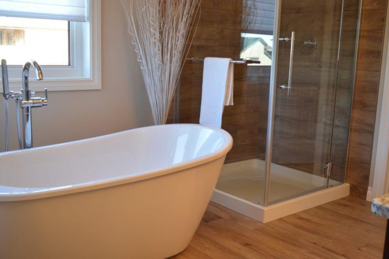 ¿Cómo prevenir el moho en las cortinas de ducha? ¡3 formas fáciles!