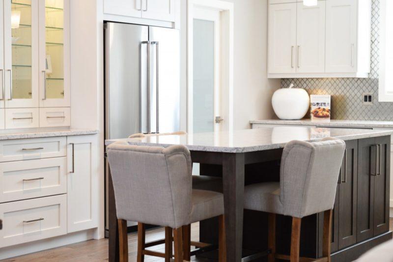 ¿Qué tan ancho es un refrigerador de lado a lado? ¡Sus 8 increíbles pros y contras!