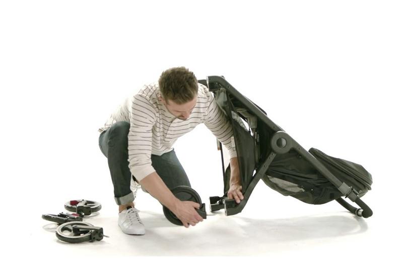 Cómo quitar las ruedas de un cochecito Graco